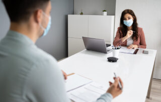 PPE OFFICE 2 PEOPLE WITH MASKS 320x202